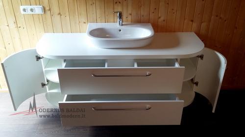 Vonios baldai 9