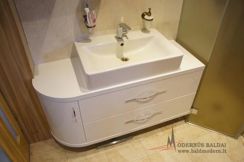 Vonios baldai 12